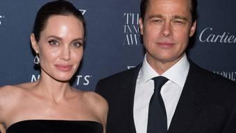Scheinbar haben sich Angelina Jolie und Brad Pitt nach ihrer Trennung nun immerhin auf eine erste, vorübergehende Lösung für ihre Kinder geeinigt. (Archivbild)
