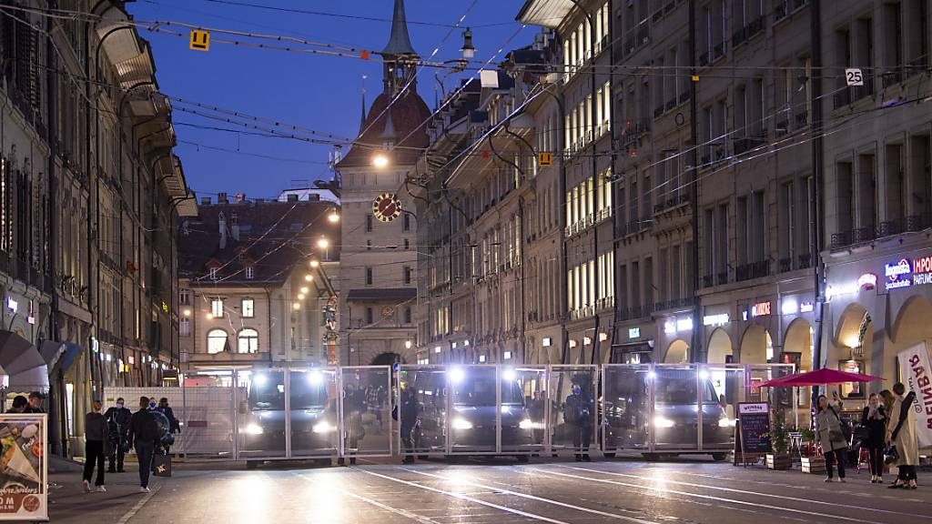 Unbewilligte Corona-Demos in Bern kosten bis zu 200'000 Franken