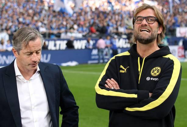 Schalke-Trainer Jens Keller und Dortmund-Coach Jürgen Klopp vor dem Anpiff. Da war Klopp noch skeptisch.
