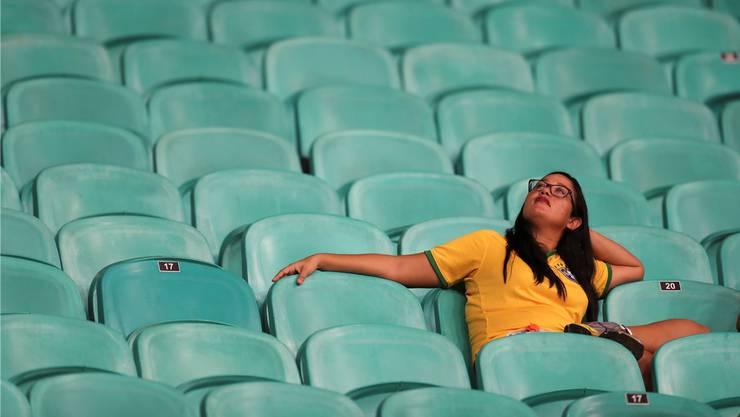 Leblose Latino-Party: Eine Anhängerin Brasiliens beim Spiel gegen Venezuela.
