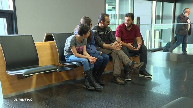 Kurden seit 2 Monaten am Flughafen Zürich