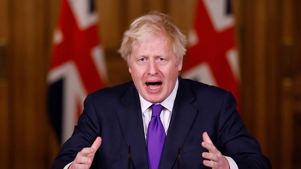 ARCHIV - Boris Johnson, Premierminister von Großbritannien, spricht in der Downing Street über die Corona-Pandemie. Foto: John Sibley/PA Wire/dpa
