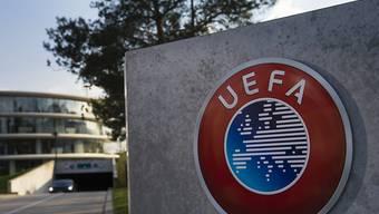 Die UEFA macht künftig in den meisten europäischen Klub-Wettbewerben bei Verlängerungen die Einwechslung eines vierten Spielers möglich