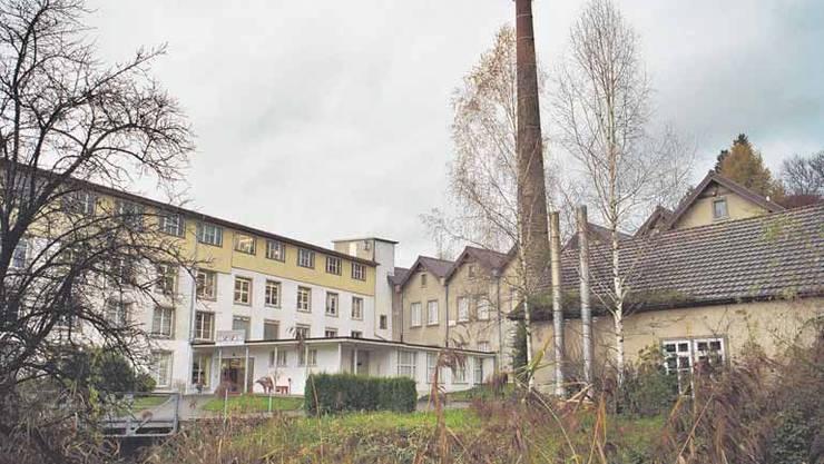 Umfahrung Ottenbach: Östlich oder westlich an der Fabrikliegenschaft Haas vorbei? (Archivbild)