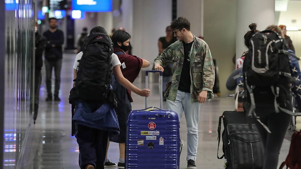 Europas Reisewirtschaft kämpft gegen Corona-Quarantäneregeln