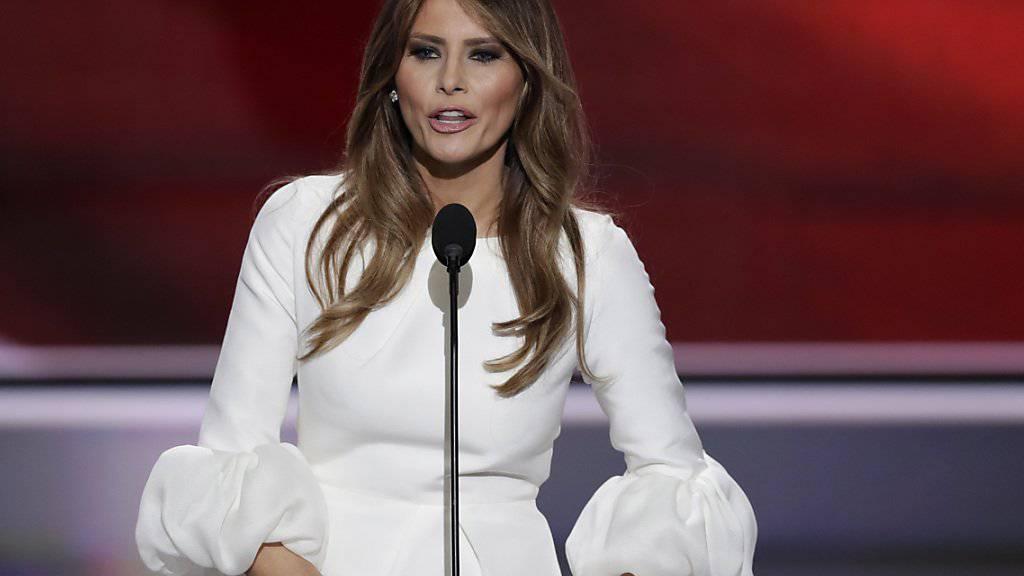 «Zu hundert Prozent falsch»: Melania Trump wehrt sich gegen Gerüchte über Escort-Vergangenheit. (Archivbild)