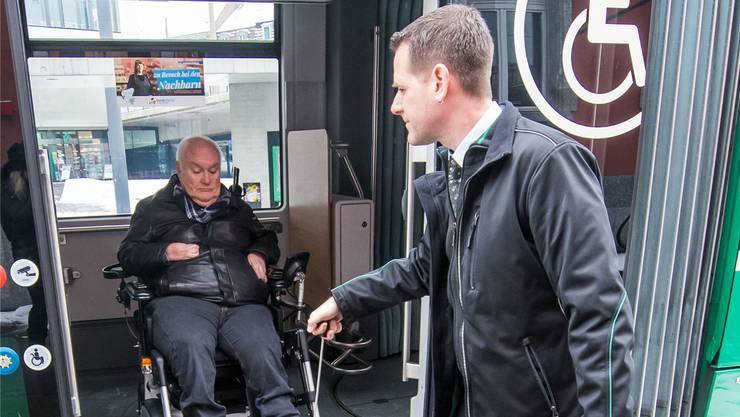 Behindertenorganisationen fordern per Initiative gleichberechtigten Zugang für Menschen mit einer Behinderung.