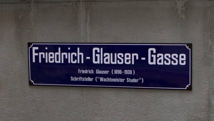 Seit 3. Dezember 2001 hat Zürich auch eine Friedrich-Glauser-Gasse. Für kurze Zeit lebte der Schriftsteller in Zürich (Archiv)