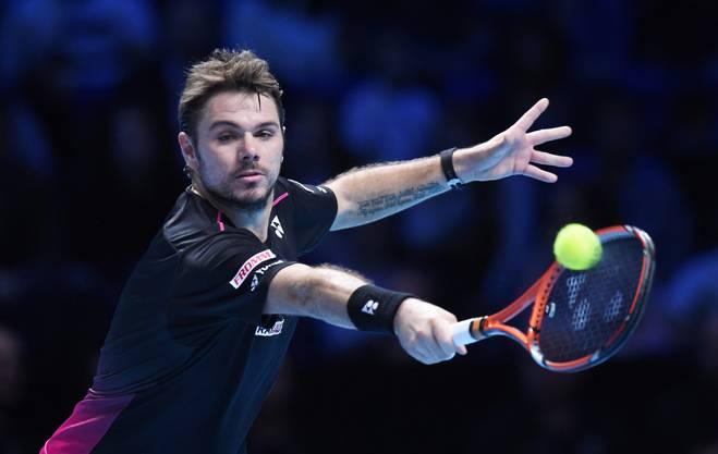 Stan Wawrinka bezwingt an den ATP-Finals in London im letzten Gruppenspiel Andy Murray 7:6 (7:4), 6:4 und zieht als letzter in die Halbfinals ein.