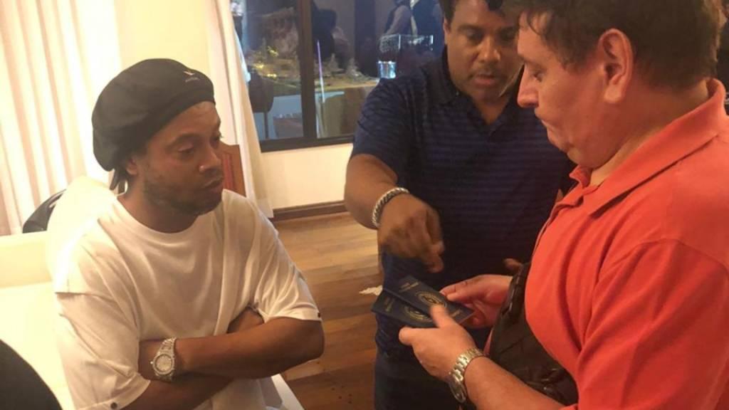 Ronaldinho wegen gefälschter Pässe einvernommen