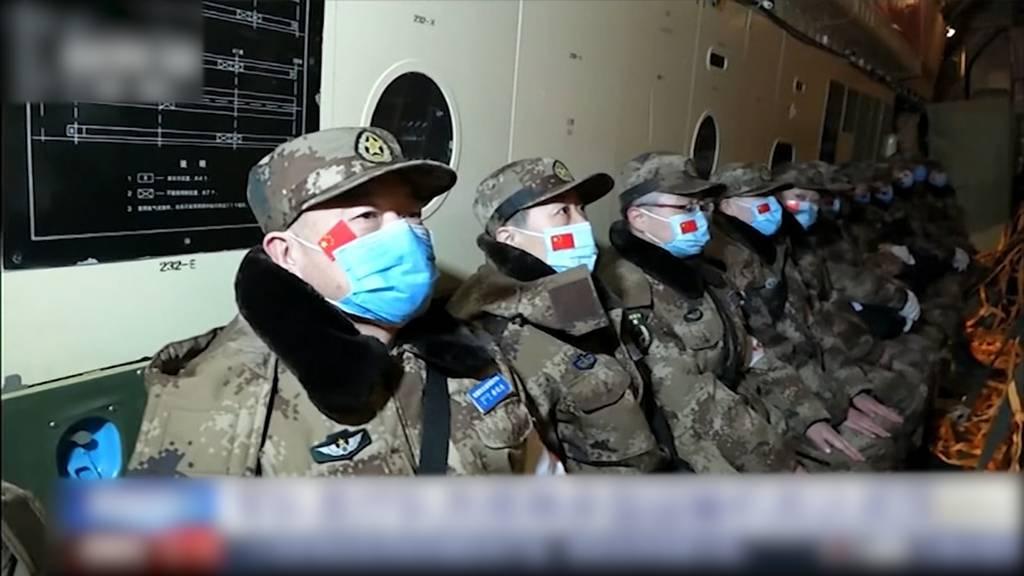 China sendet 1'400 Militärkräfte nach Wuhan