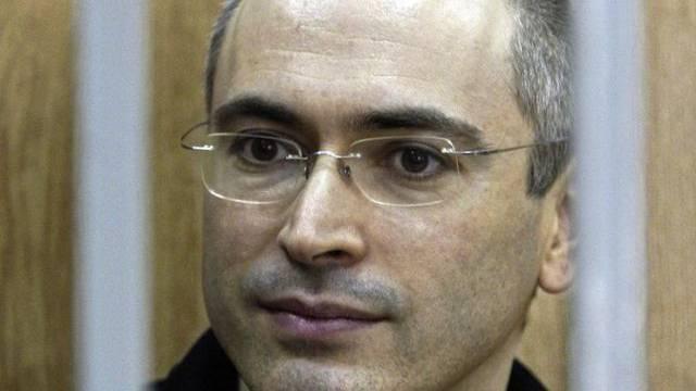 Ein Bild, das um die Welt ging: Michail Chodorkowski hinter Gittern