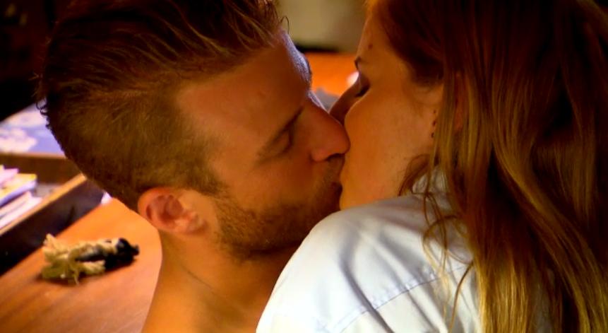 Hier wird gerade Kristina geküsst (Screenshot 3+)
