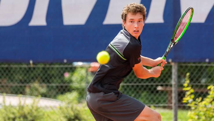 Jakub Paul ist der einzige Schweizer, der es ins Halbfinale der Fromm Swiss Junior Trophy in der Kategorie U18 geschafft hat.