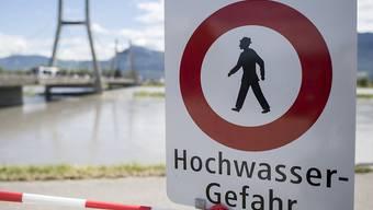 Das Alpenland Schweiz ist Naturgefahren besonders ausgesetzt. Den Schutz vor Katastrophen will der Bundesrat mit einer neuen Vorlage verbessern. (Symbolbild)