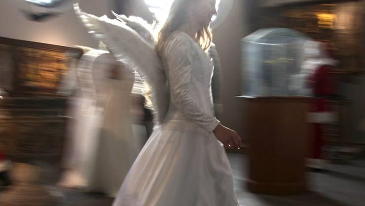 Der Glaube an Gott, aber auch an Engel und andere spirituelle Wesen sind in der Schweiz weit verbreitet, insbesondere bei den Frauen. (Symbolbild)