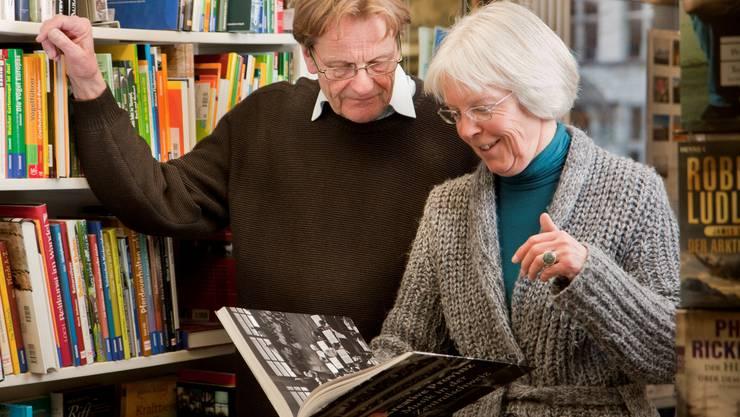 Buchhändler aus Leidenschaft: Esther und Kurt Suter, Wyna-Buchhandlung Reinach.  Peter Siegrist