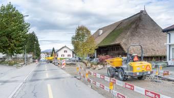 An der Hauptstrasse in Kölliken wird auf mehreren Abschnitten gearbeitet.