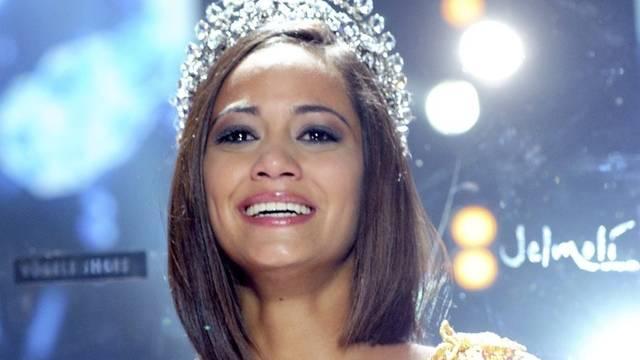 Miss Schweiz Alina Buchschacher nach ihrer Wahl im September 2011