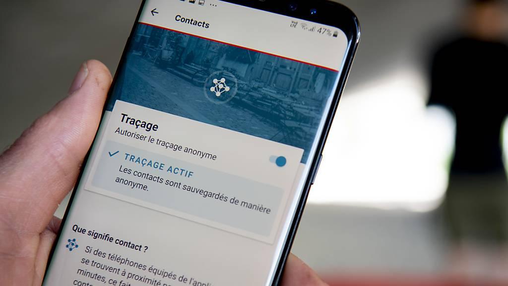 Der Ständerat gibt grünes Licht für die Swiss-Covid-App. Mit der Anwendung will der Bund das Rückverfolgungssystem für Corona-Fälle erweitern. (Archivbild)