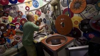 Die Schatzkammer von Lodenice: Aus dieser Vinyl-Produktionsstätte kommen die Schallplatten der grossen Stars