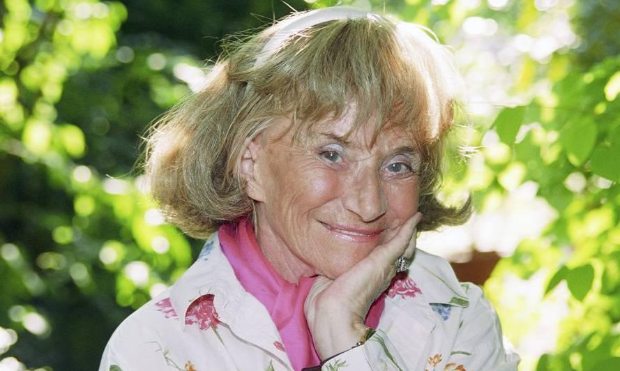 Hier zeigt Märchentante Trudi Gerster, dass sie auch anders kann als märchenhaft zu sprechen