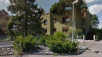 Das Mehrfamilienhaus liegt an der Appenzellerstrasse 85 in Höngg.