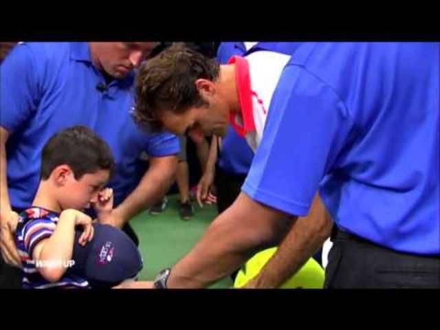 Sieger der Herzen: Roger Federer rettet am US-Open einen Jungen aus dem Fan-Gedränge