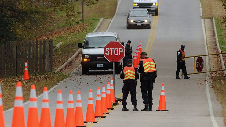 Der 19-jährige Autofahrer machte sich vor einer Polizeikontrolle aus dem Staub.  (Symbolbild)