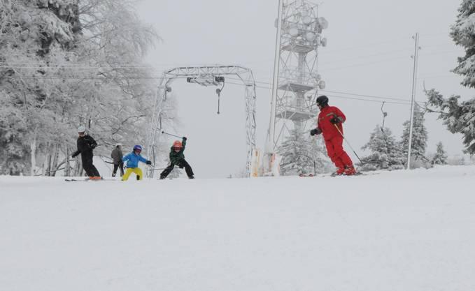 Skifahren auf dem Berg