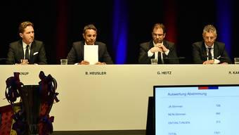 Lange Gesichter beim Vorstand nach der Nichtwahl von Jean-Paul Brigger