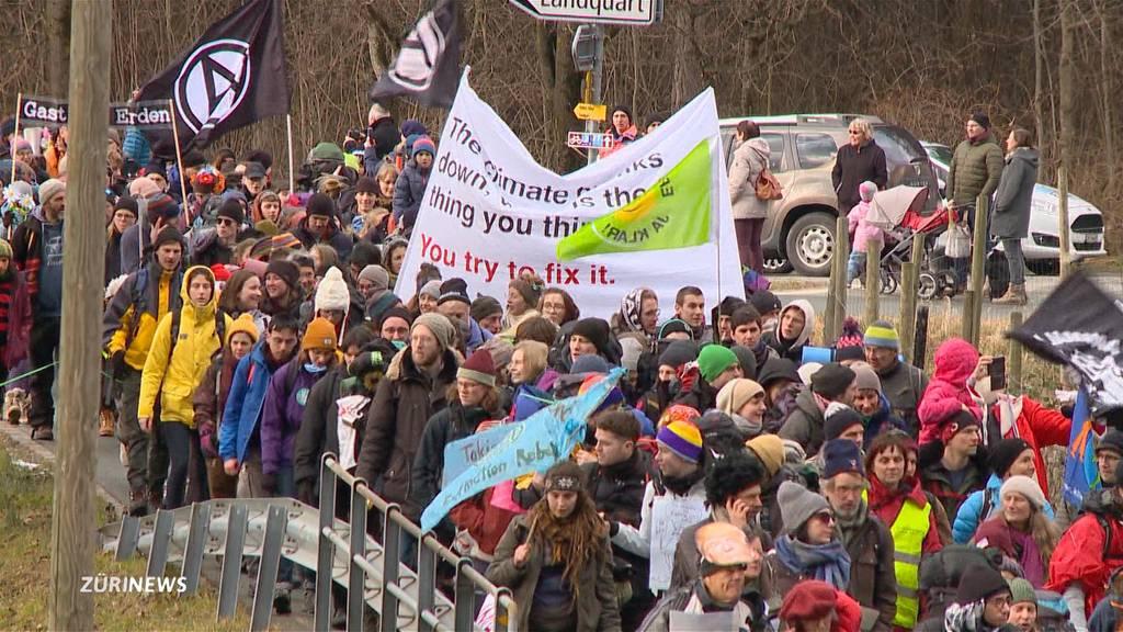 Klimamarsch nach Davos: WEF soll Klimaverantwortung übernehmen
