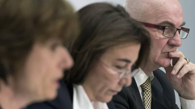 Ruth Humbel, Cesla Amarelle und André Bugnon von der SPK in Bern