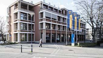 Die Sozialabteilung im Schlieremer Stadthaus gibt zu reden.