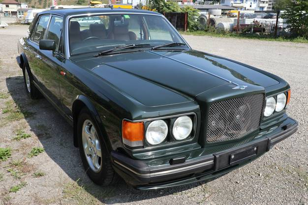 ...dieser Bentley Turbo R1,