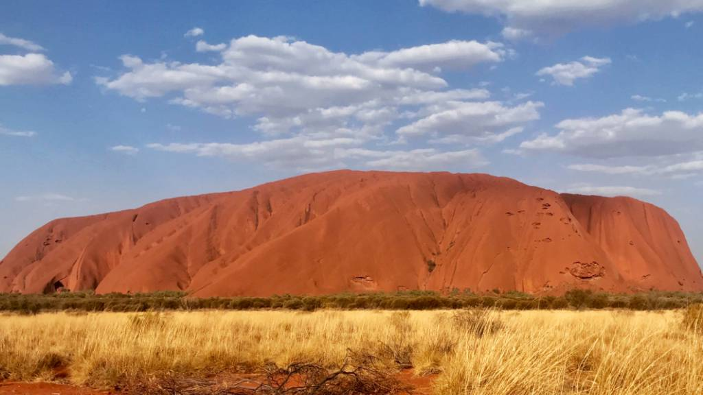 Angst vor Corona: Australiens heiliger Berg wieder geschlossen