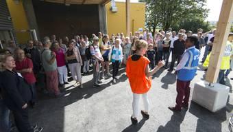 Grosser Andrang beim Tag der offenen Tür beim Bundesasylzentrum in Flumenthal.