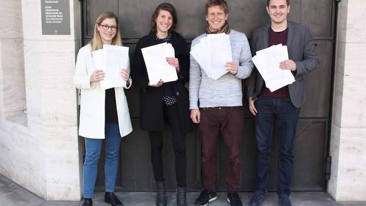 Die Juso Basel-Stadt und Basellandschaft haben gemeinsam mit der Fachgruppe Geschichte das Referendum gegen den Austritt der Skuba aus dem Verband der Schweizer Studierendenschaften (VSS) eingereicht.