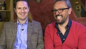 Michael Tate (links) gewinnt mit seiner Stammbeiz Fat'n'Happy in Schönenwerd und dessen Wirt Goran Arnaut die Solothurner Woche der SRF-Sendung.