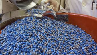 Nicht zuletzt wegen einer boomenden Exportwirtschaft - unter anderem bei Arzneimittel - ist die Schweizer Wirtschaft im vierten Quartal wieder gewachsen. (Symbolbild)