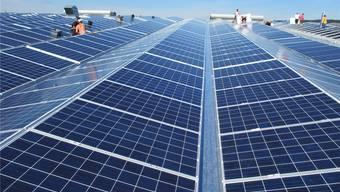 Auf dem Dach der Ferrowohlen AG betreibt die ADEV Solarstrom AG bereits eine Solaranlage.