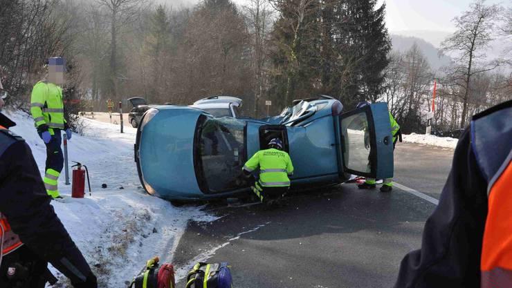 Am Freitagmittag hat sich auf der Fehrenstrasse in Büsserach ein Unfall zwischen zwei Autos ereignet.
