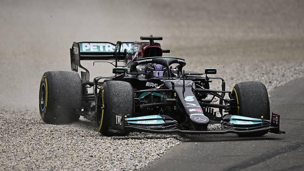 Hamilton siegt nach Kollision mit Verstappen
