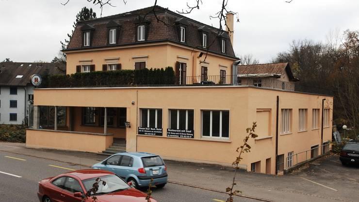 Im leer stehenden Hotel Verenahof in Koblenz will der Kanton Asylsuchende unterbringen.