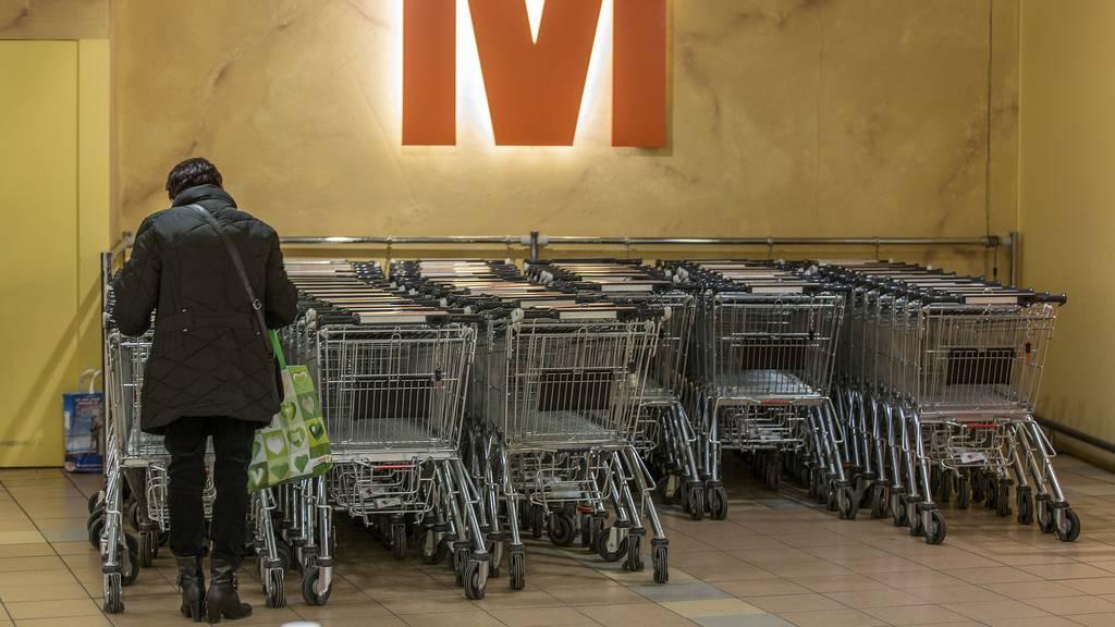 Migros ruft auf, Einkaufswägeli zurückzubringen