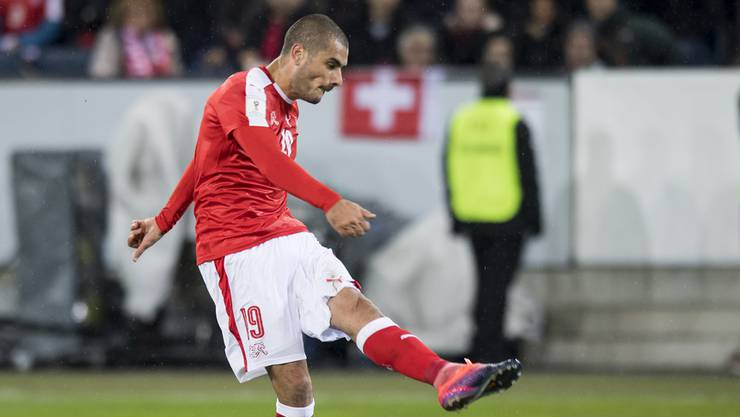 Eren Derdiyok ist die prägende Figur beim 2:0-Sieg gegen die Färöer.