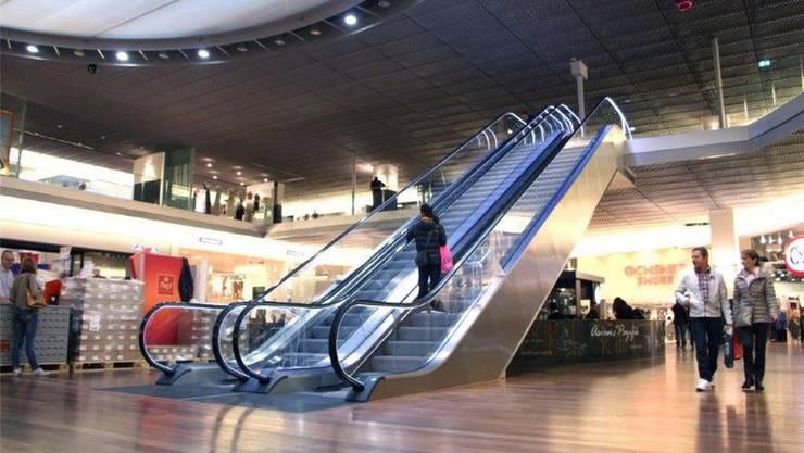 Die neuen Rolltreppen führen von der Tivoli-Mall zur Etage Tivoli First. ZVG