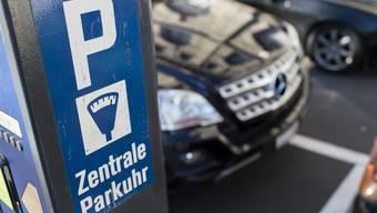 Höhere Parkgebühren könnten dem Gewerbe nutzen, glaubt das Ja-Komitee. (Symbolbild)