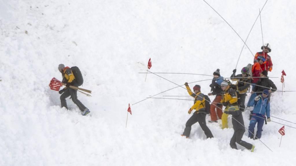 Skipiste nach Lawinenniedergang am Oberalp wieder offen