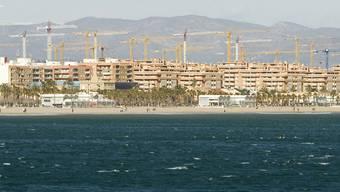 Ferienwohnungen in Spanien: Liegenschaften im Ausland werden zwar nur dort besteuert, gehören aber dennoch in die Schweizer Steuererklärung. (Themenbild)